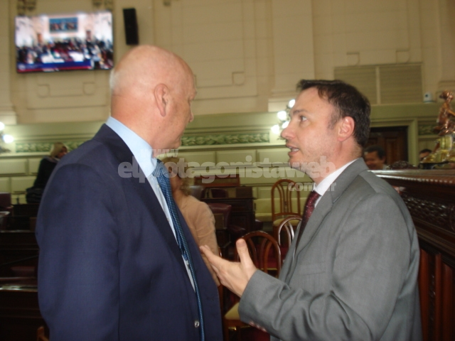 Enrico plantea incorporar a Manuel Belgrano en la papelería oficial - El Protagonista